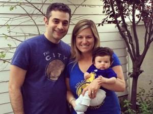 Isabelle con mamma MacKenzie e papà David